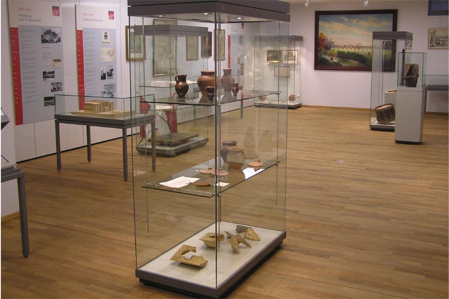 foyer-im-museum-schloss-02