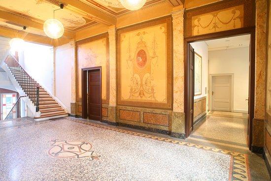 foyer-im-museum-schloss